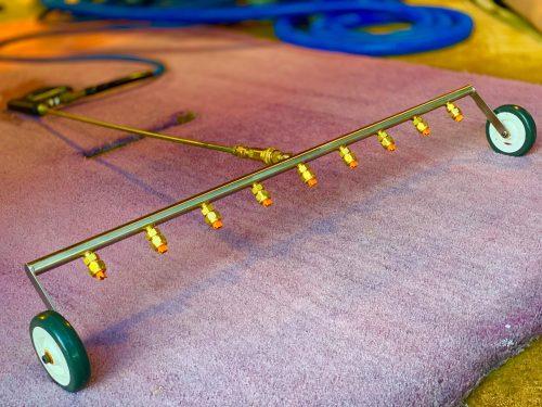 Carpet dyeing machine